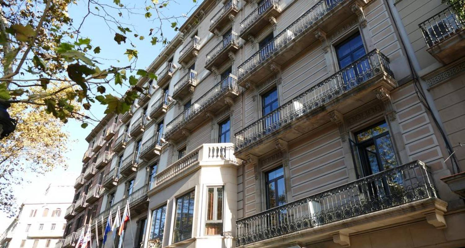 Discover Barcelona from the heart of the city Sunotel