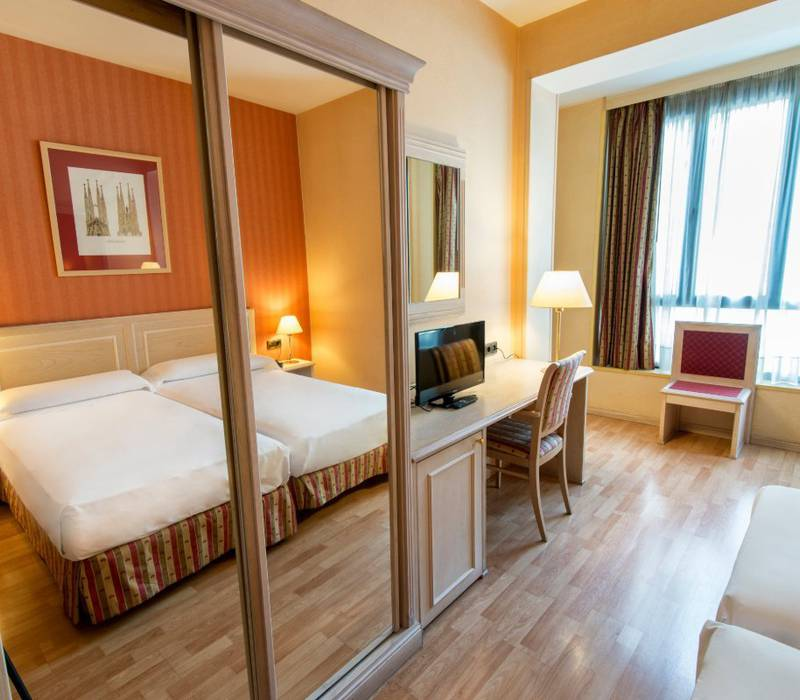 Standard room sunotel central  barcelona