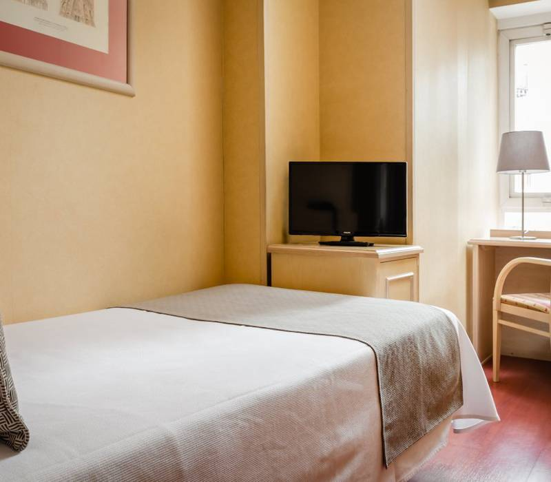 Single room sunotel junior  barcelona